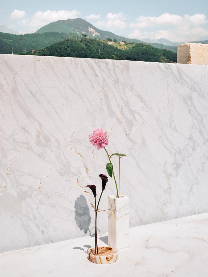 Posture Vases